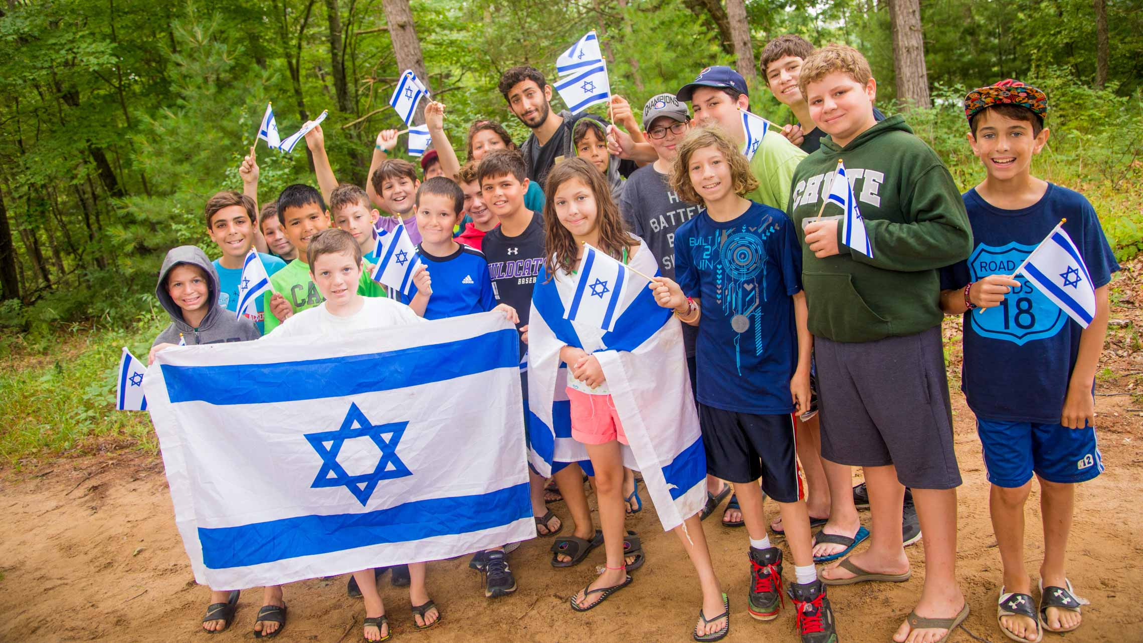 Group of campers with Israeli flags